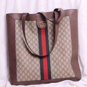 Gucci Bag $ 3 0 0